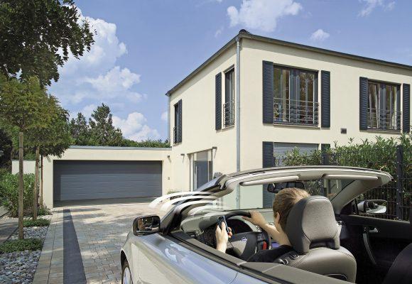 Garagen- und Einfahrtstor-Antriebe